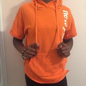Tops - 🌵Orange workout hoodie